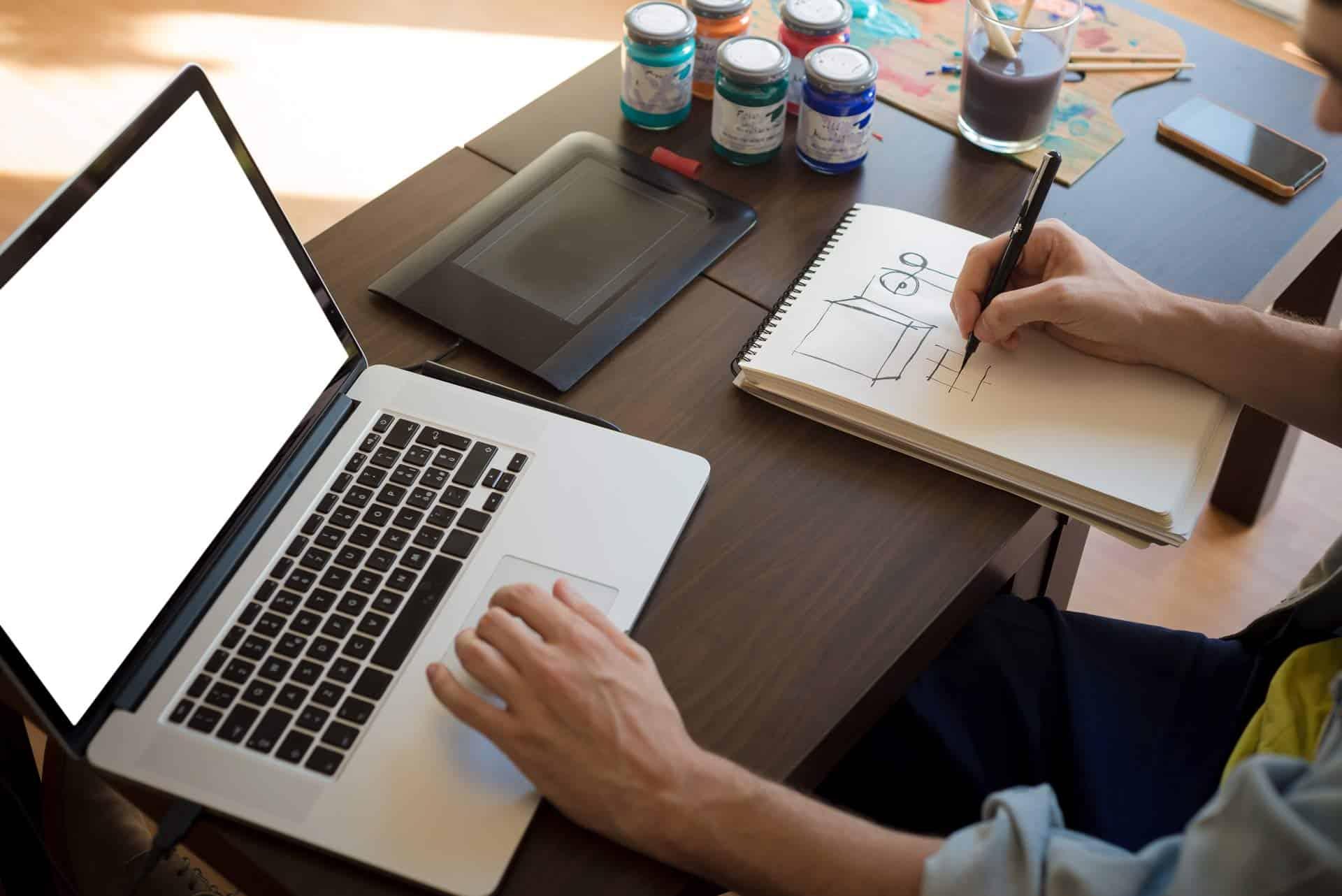 10+ Rekomendasi Laptop 7 Jutaan untuk Gaming & Multimedia Berbagai Merek Tahun 2021