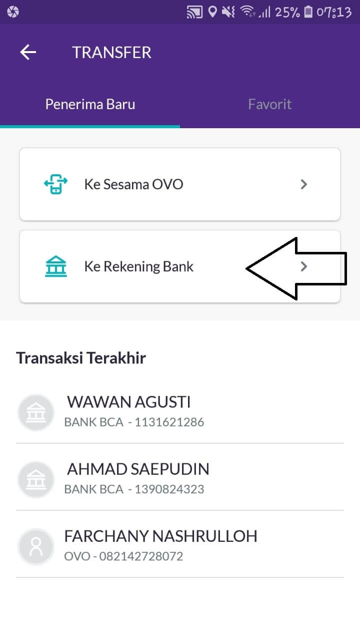 """Jika Anda ingin mengirimkan saldo OVO ke penerima yang menggunakan dompet digital LinkAja, maka harus memilih pilihan transfer """"Ke Rekening Bank"""""""