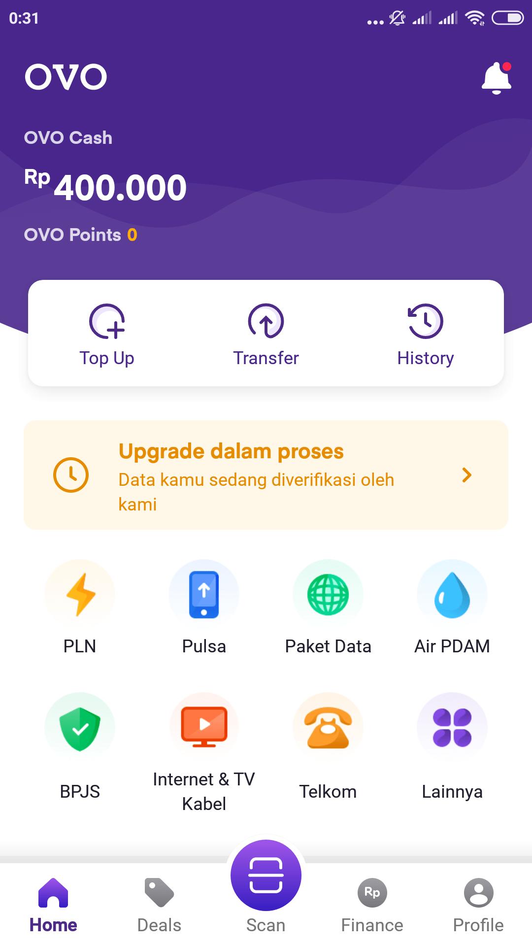 """Setelah aplikasi OVO terbuka, carilah menu dengan tulisan """"Transfer"""". Menu ini biasanya akan langsung terlihat di halaman awal aplikasi OVO. Jadi tidak akan sulit ditemukan"""